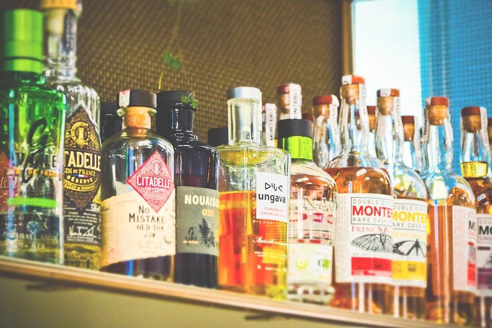 Alcoolismul: cauze, simptome, tratament